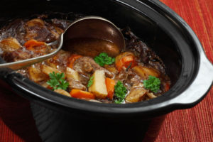 Using a slow cooker: Cooking dummies, recipes, and more